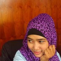 Photo taken at Dewan Pendidikan Provinsi Kaltim by Anita Q. on 10/9/2012