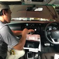 Photo taken at Pasar Mobil Kemayoran by Ayi M. on 1/29/2018