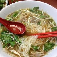 Photo taken at Pho Binh by Ricky A. on 1/13/2013