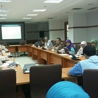 Photo taken at Badan Pusat Statistik RI by Rahma Amalia A. on 7/13/2016