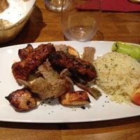 7/30/2013 tarihinde Esra Y.ziyaretçi tarafından Merhaba Restaurant'de çekilen fotoğraf