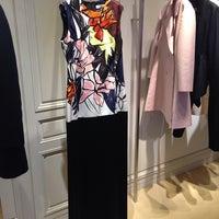 Photo taken at Dior by 💞😻LLL TTT😍💞 on 11/24/2014
