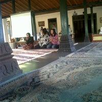 Photo taken at nDalem Wironegaran by Dela D. on 7/30/2013