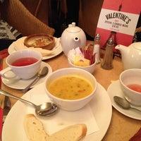 Photo prise au Café Rouge par Liza O. le2/14/2014