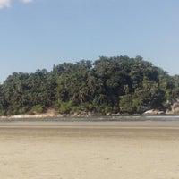 Foto tirada no(a) Ilha Urubuqueçaba por Marco N. em 5/15/2013