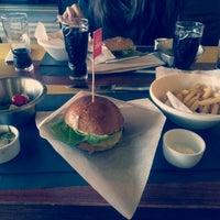 Снимок сделан в The Burger пользователем Vitalii M. 6/18/2014