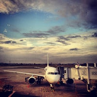 Foto tomada en Aeropuerto de París-Orly (ORY) por Damien F. el 3/5/2013
