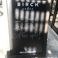 Das Foto wurde bei Birch Coffee von Mitchell L. am 8/26/2017 aufgenommen