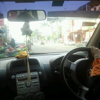 Photo taken at Jalan Payamas @ Tangkak by Ifthisha N. on 12/11/2012