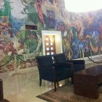Das Foto wurde bei Hotel Quality Inn Cencali von Cintia C. am 1/28/2013 aufgenommen