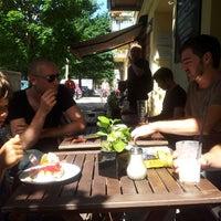 Das Foto wurde bei Misirlou Bar von Thomas am 7/20/2013 aufgenommen