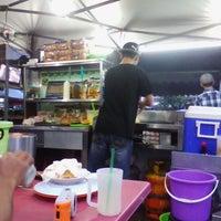 Photo taken at Burgermbira by awek justingbelimbing on 8/22/2013