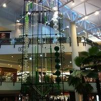 Foto tirada no(a) Shopping Iguatemi por Adriana B. em 10/7/2012