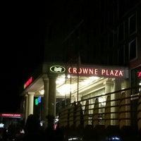 5/21/2013 tarihinde Yns emreziyaretçi tarafından Crowne Plaza Istanbul - Asia'de çekilen fotoğraf
