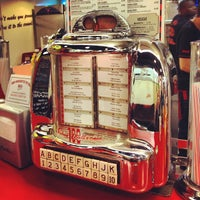 Photo taken at Ed's Easy Diner by Oliver S. on 2/10/2013