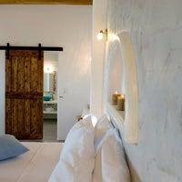 Photo taken at Eiriana Luxury Suites by Anna K. on 7/1/2014