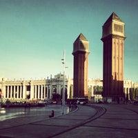 Foto scattata a Plaça d'Espanya da Daryl A. il 11/8/2012