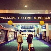 Foto tomada en Bishop International Airport (FNT) por Ryan M. el 7/29/2013