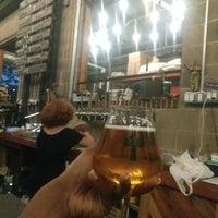 Foto scattata a Fifth Hammer Brewing Company da Fernanda d. il 8/10/2018