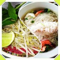 Photo taken at Saigon Noodle House by Tina M. on 9/24/2013