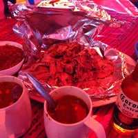 Photo taken at Los Tres Reyes - Barbacoa by Hiram  Guido on 5/26/2013
