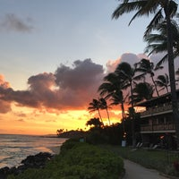 Photo taken at Ko'a Kea Hotel & Resort by Erik M. on 6/30/2017