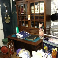 Photo taken at Fort Laurens Antique Trading Post by Tammie M. on 12/28/2012