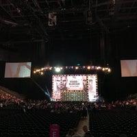 Foto tirada no(a) T-Mobile Arena por Rafael C. em 10/5/2018