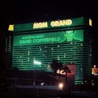 12/21/2012 tarihinde Maria S.ziyaretçi tarafından MGM Grand Hotel & Casino'de çekilen fotoğraf
