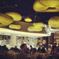 Foto scattata a Nobu Restaurant Caesars Palace da Nichole M. il 3/17/2013