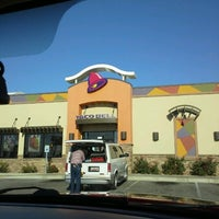 Photo taken at Taco Bell by Atarah M. on 10/24/2012