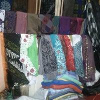 Photo taken at Pasar Agung Desa Adat Peninjoan by Gitaq T. on 11/15/2012