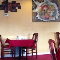 Foto tomada en Rolando's Cuban Restaurant por Cliff K. el 2/12/2014