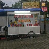 Photo taken at Martabak KIRANA by Bagus P. on 2/15/2013