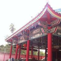 Photo taken at ศาลเจ้าแม่ทับทิมท่าฬ่อ by Pumi K. on 3/12/2014