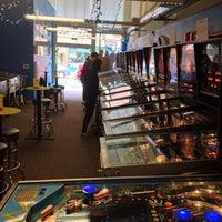 Foto tirada no(a) Seattle Pinball Museum por Matt J. em 5/12/2013