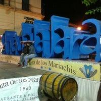 Foto tomada en Plaza de Los Mariachis por Speedy K. el 12/16/2012