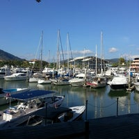 Photo prise au Royal Phuket Marina par Marlina S. le3/16/2013