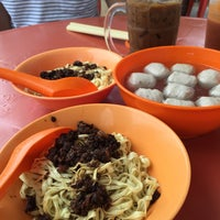 Photo taken at Famous Hakka Mee (客家面) by cindy l. on 12/26/2014