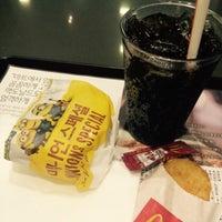 Photo taken at McDonald's by Jewellen on 7/31/2015
