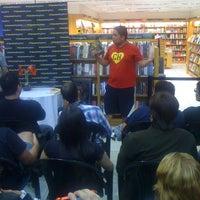 Foto tirada no(a) Saraiva Mega Store por Paulo M. em 11/22/2012
