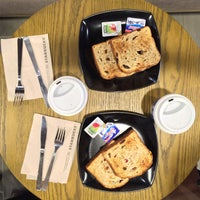 6/25/2015 tarihinde ManMan T.ziyaretçi tarafından Starbucks'de çekilen fotoğraf