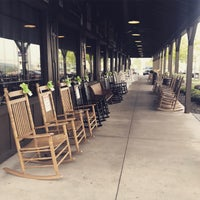 Photo taken at Cracker Barrel Old Country Store by Jorge B. on 4/29/2017