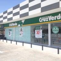 Photo taken at Farmacias Cruz Verde by Mauricio V. on 9/26/2013