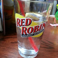 Photo taken at Red Robin Gourmet Burgers by Bethany B. on 5/4/2013
