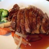Foto tomada en Tomo Japanese Cuisine por Mingster C. el 5/11/2014