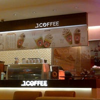 Photo taken at J.Co Donuts & Coffee by Rudolf X. D. on 10/9/2012