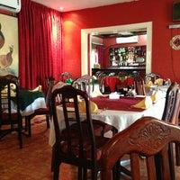 Photo taken at The Chinese Restaurant (Abu Khalil) | المطعم الصيني (أبو خليل) by Alaa T. on 3/19/2013