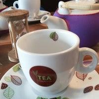 Foto tirada no(a) Tea Connection por Ja O. em 8/20/2013