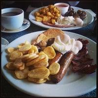 Das Foto wurde bei Buddies Diner von Philip L. am 12/15/2013 aufgenommen